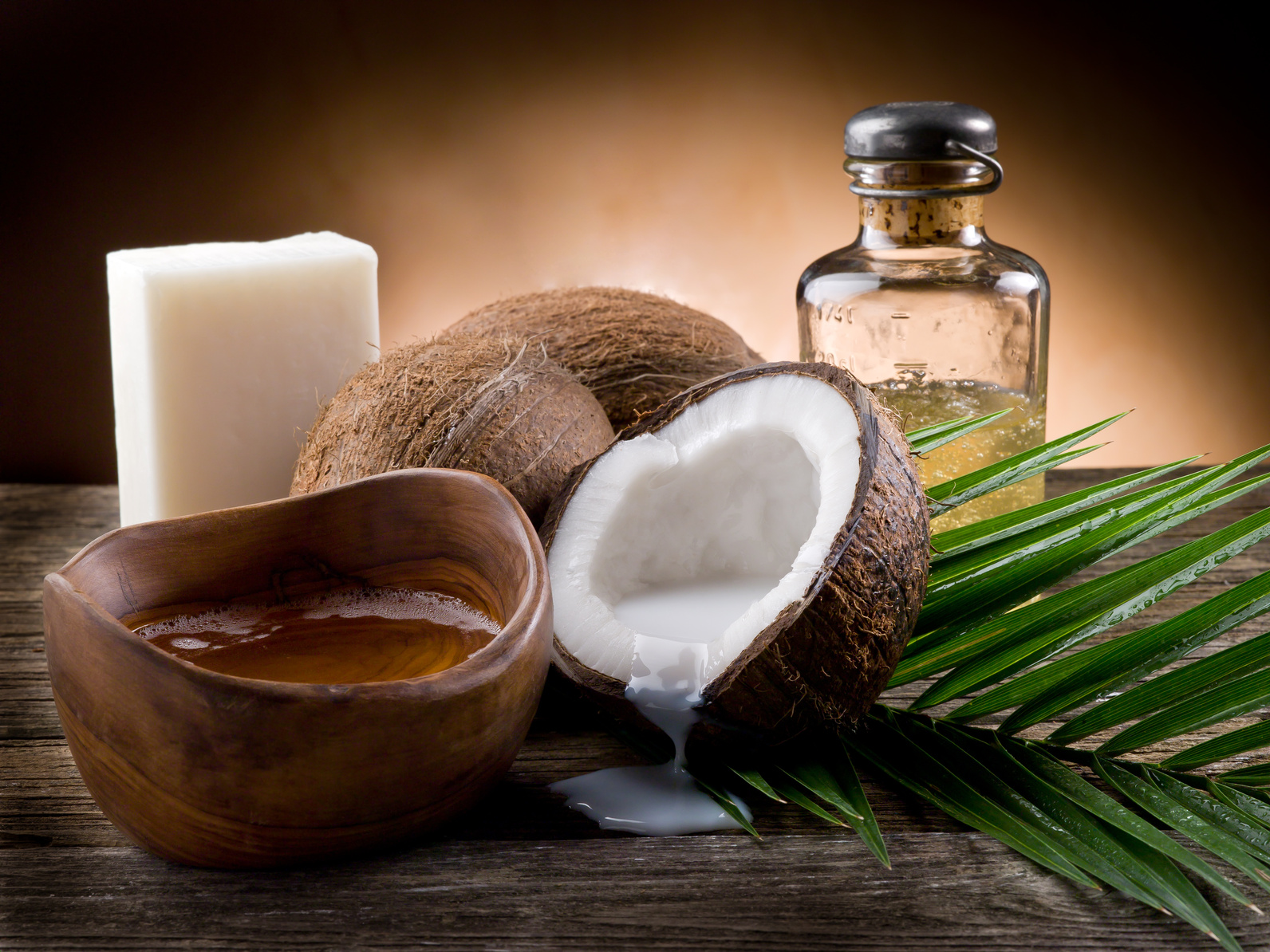 9 Every Day Uses For Coconut Oil. You Just Have To Know!