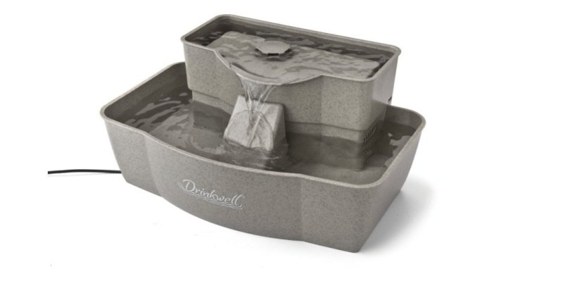 Product photo: PetSafe Drinkwell Multi-Tier Dog and Cat Water Fountain