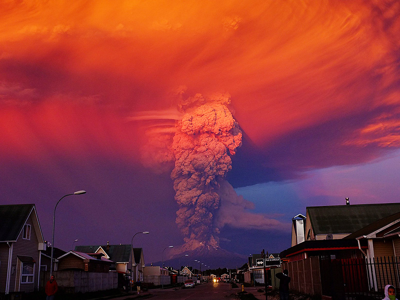 Fabulous disaster: 4K video of Chilean volcano eruption