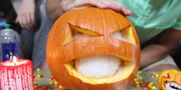 10 Awesome Halloween Hacks You Need To Try This Year