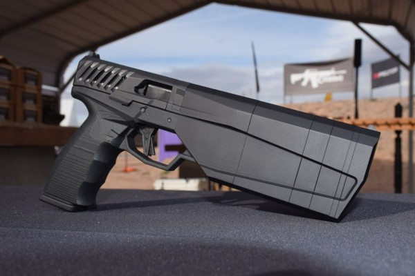 Maxim 9 – The first integrally suppressed pistol