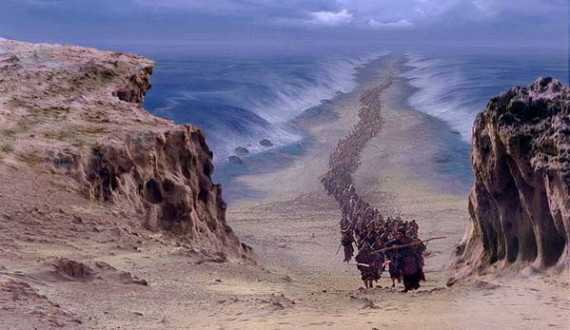 Archaeologists Discover Remains of Egyptian Army From the Biblical Exodus in Red Sea
